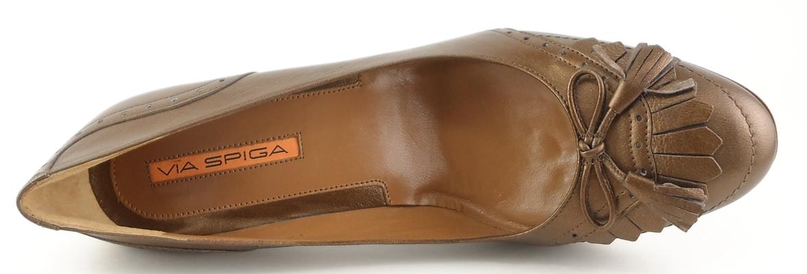 Via Spiga: Brown  Leather 'KITTY' Pumps